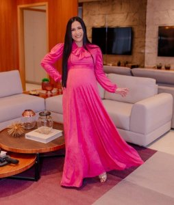 Vestido Gestante Longo Rosa com Laço em Lese