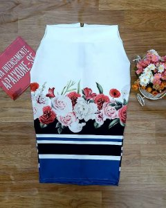 Saia Lápis Branca com Floral e Barra Listrada Moda Evangélica