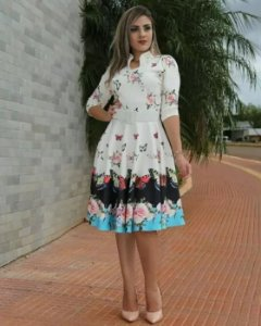 Vestido Midi Floral Barrado Moda Evangélica