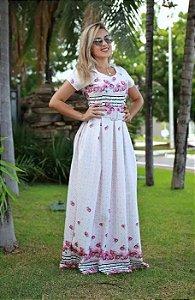 Vestido longo branco floral Moda Evangélica