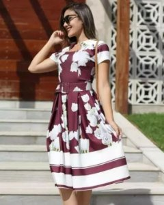 Vestido Godê Bordô Floral Moda Evangélica