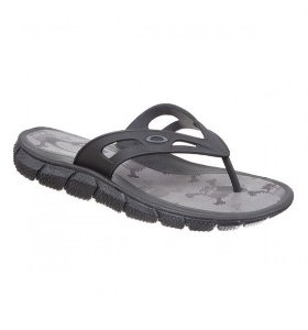 Chinelo Oakley Operative Print Black