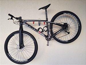 Bicicleta Caloi Carbon Sport Tam. 17. (semi-novo) 10,80kg