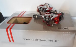 Pedal Clip de Alumínio REDSTONE Vermelho