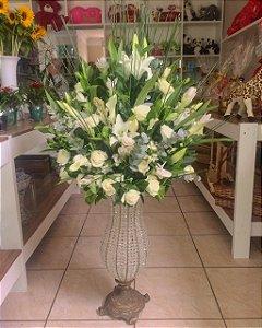 Arranjos com Flores Brancas