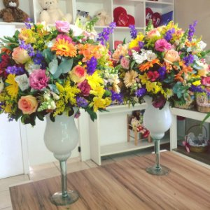Arranjo de Flores Coloridas modelo 4