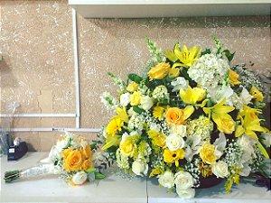 Arranjo de Flores Amarelas modelo 2