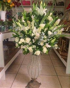 Arranjo com Flores Brancas modelo 7