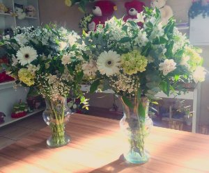 Arranjo de Flores Brancas modelo 8