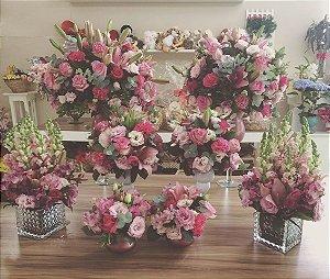 Arranjo com Flores cor-de-rosa modelo 4