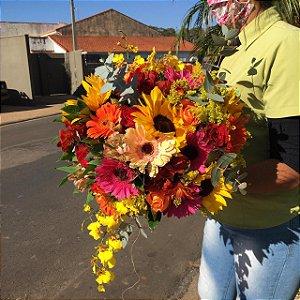 Buquê de flores coloridas modelo 1