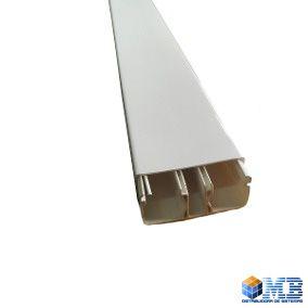 Canaleta  aparente sem Dupla Face 20x50mm Branca 2 metros Com 3 Guias
