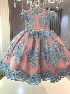 Vestido em Renda