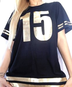 Camisetas Personalizadas debutante 15 anos - Preta