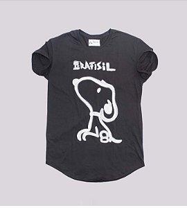 Camiseta longline preta snoopy