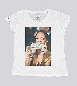 Camiseta feminina estilosa celebridades do rap
