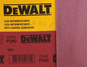 DeWalt - Lixa Seco Estearato G 240  230x280mm
