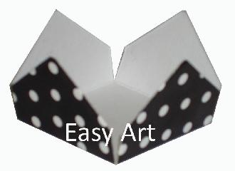 Forminhas para Doces - Pacote com 100 Unidades / Preto com Poás Brancas