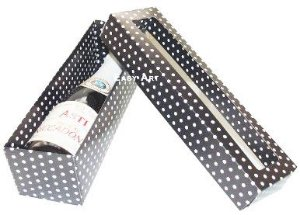 Caixa para Mini Vinho Com Visor - Preto com Poás Brancas