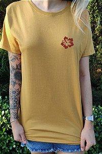 Camiseta Hawewe Hibisco Mostarda