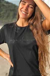 Camiseta Hawewe Yoga Preta