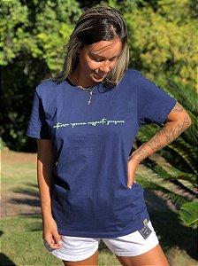 Camiseta Hawewe Natureza Marinho Feminina