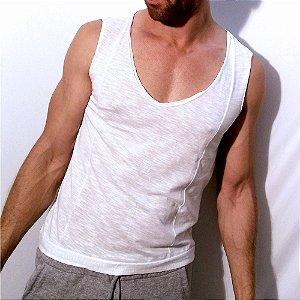 Regata leve básica, camiseta branca, desconstruída