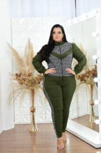 Conjunto de jaqueta e calça jogger bengaline plus size
