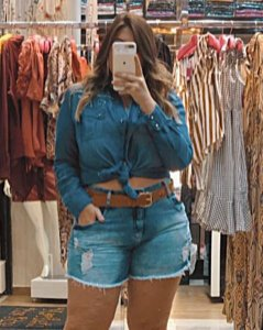 Short jeans destroeyd plus size