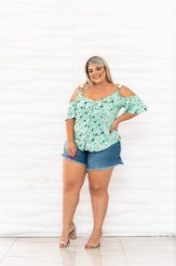 Blusa foral plus size