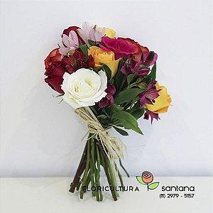 Buquê Rosas Coloridas  Espiral