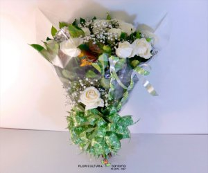 Buquê Elegance com 12 Rosas Brancas