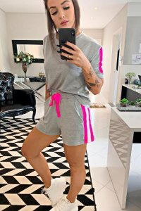 Conjunto Blusa + Shorts