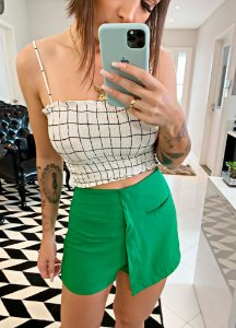 Shorts Saia verde