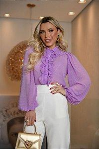 Camisa lilás babados
