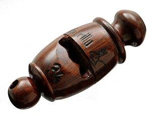 Pio 34 em Madeira Exótica de Reaproveitamento - Apito para Esportes e  Percussão