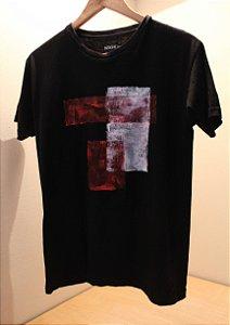 Camiseta Preta Unisex R&W