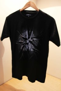 Camiseta Preta Unisex Light at Night  by Roque Agnesini Pandini