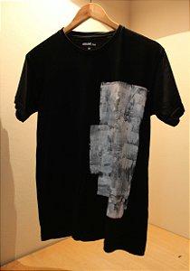 Camiseta Preta Unisex White Abstract