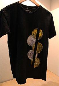 Camiseta Preta Unisex Circle