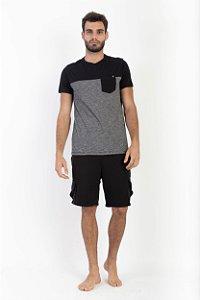 Camiseta Masculina Dois Recortes com Bolso