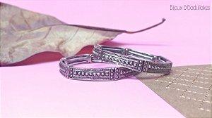 Bracelete de bolinhas prata velho.