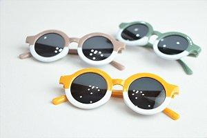 Óculos de Sol Infantil Colors com Estojo