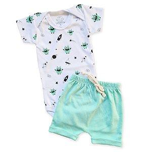 Conjunto Monstrinho Foguete e Shorts Verde
