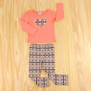 Conjunto Camiseta Rosa Coração e Calça Legging Estampada Infantil Little Lass
