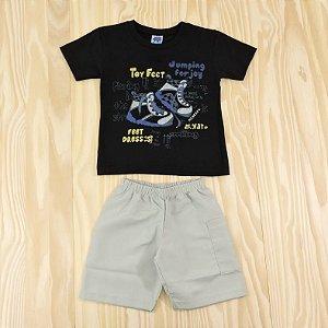 Conjunto Camiseta Preta e Shorts Cinza Infantil Basic Só