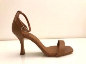 SANDALIA QUEEN SHOES CASEINA NOZES