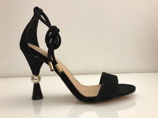 SANDALIA QUEEN SHOES NOBUCK PRETO