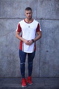 Camiseta Long - Recortes Flechas