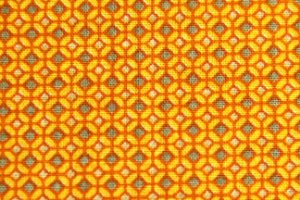 Tecido Círculo Desenhos redondos amarelos -1996 - 0,50cmx1,46 Mts